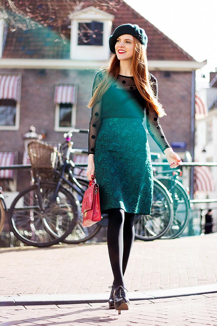7cf845af4194a 2015-03-09-Outfit-Emerald-Pencil-Skirt-Green-Beret-Sheer-Polka-Dot ...