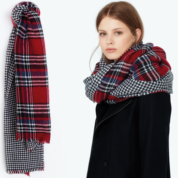 Houndstooth scarf double sided